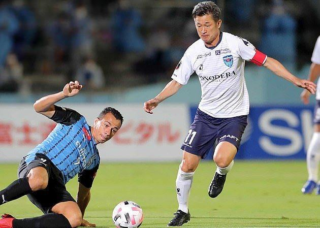 Kazuyoshi Miura becomes the oldest player to appear in the Japanese top flight at the age of 53 - Bóng Đá