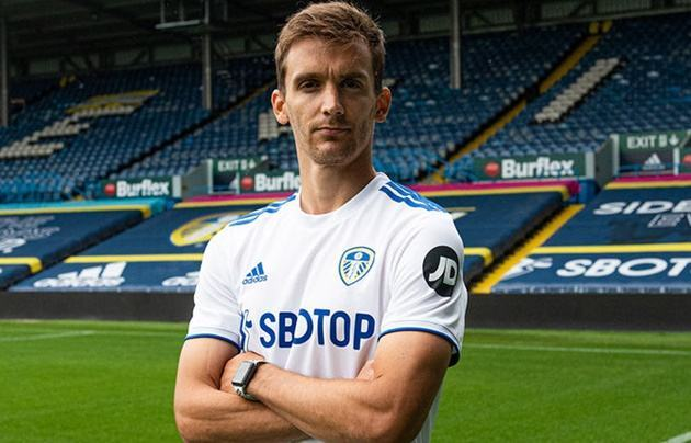 Leeds announce the signing of defender Diego Llorente from Real Sociedad - Bóng Đá