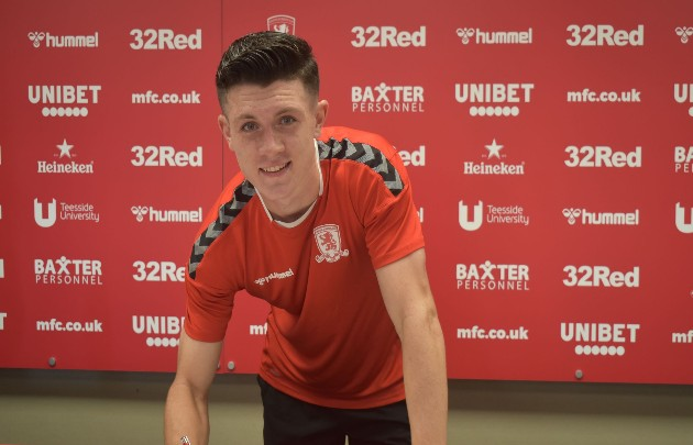 Arsenal and Chelsea suffer transfer blow as teenage hotshot Calum Kavanagh signs three-year contract at Middlesbrough - Bóng Đá