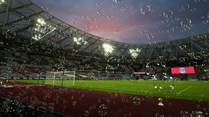 West Ham announce that manager David Moyes, Issa Diop and Josh Cullen have tested positive for COVID-19 - Bóng Đá