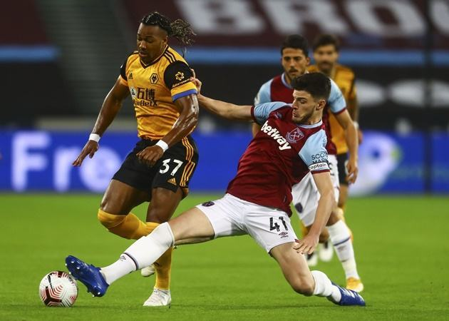 Chelsea target Declan Rice talks 'playing for the badge' after West Ham thump Wolves - Bóng Đá