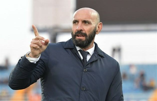 Sevilla supremo Monchi 'cannot believe' Man Utd don't have a sporting director to mastermind transfer business - Bóng Đá