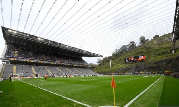 Weirdest football stadiums in the world including a castle, a shopping mall, one with train track and a floating pitch - Bóng Đá