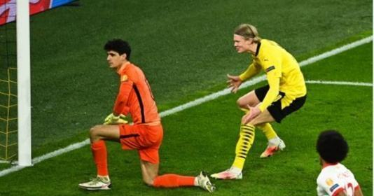 ERLING HAALAND ANGERS SEVILLA PLAYERS BY TAUNTING GOALKEEPER AFTER SCORING PENALTY - Bóng Đá